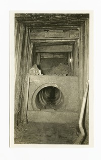Tunnel��under Pennsylvania Railroad for sewer, Baltimore, Maryland, April 1, 1936